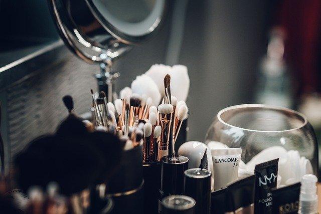 kosmetyki do cieniowania